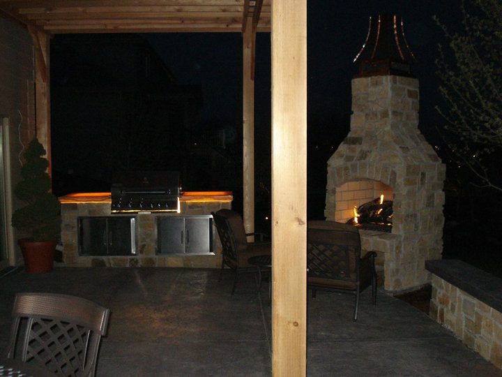 outdoor kitchen installation by Patera Landscaping