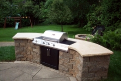 Patera Landscaping - Outdoor Kitchen Stove