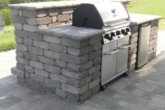Outdoor Kitchen - Ledge Stone Grill