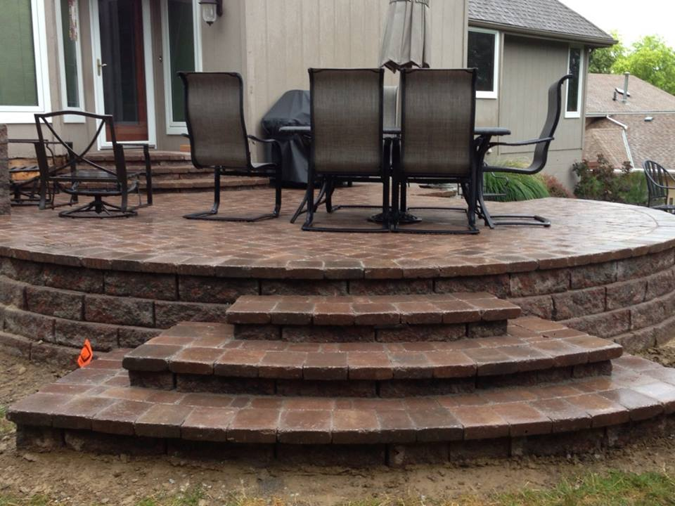 Patio with Steps - Patera