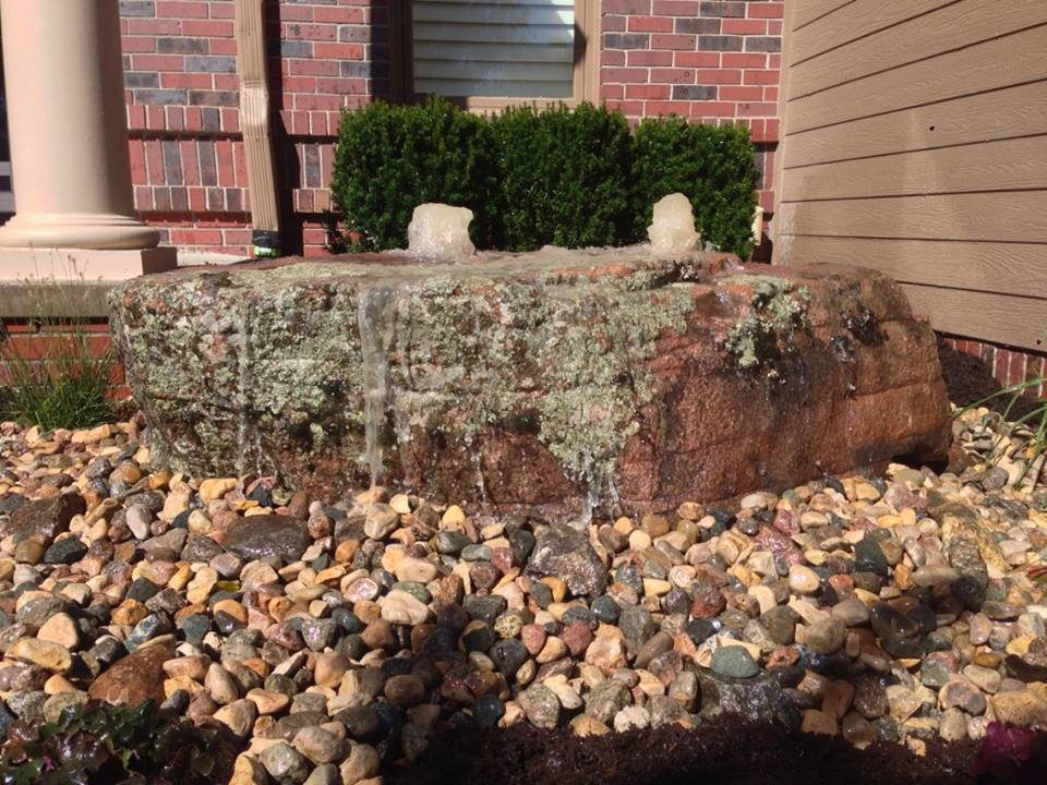 Front Yard Water Feature for Home